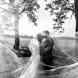 enveloping kiss-Luigi Rota-silver-wedding-311