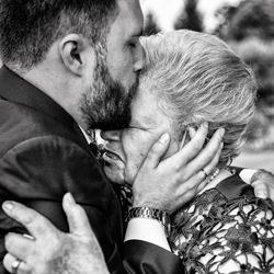Groom and Grandma-Gorka Asteinza-finalist-wedding-4898