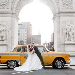 It is bright and sunny in Washigton Square-Tatiana Valerie-bronze-wedding-6157