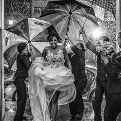 Rainy day-Giovani Garcia-bronze-wedding-6159