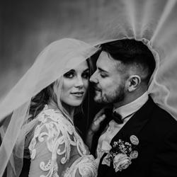 veil tunnel-Craig Clewlow-finalist-wedding-6301