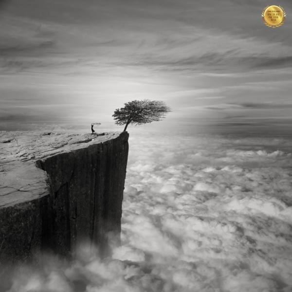Photograph Thierry Malet Above The Clouds on One Eyeland