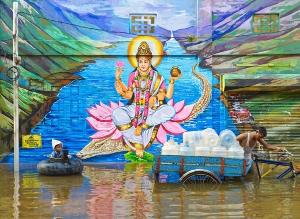 Photograph Sharad Haksar Divine Irony Ganga on One Eyeland