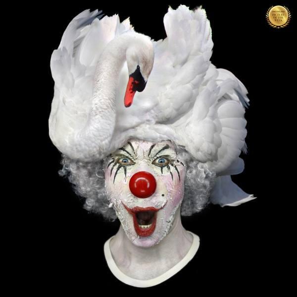 Photograph Ddiarte Ddiarte Swan Clown on One Eyeland